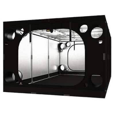 Dark-Room-Intense-600-REV-20-Secret-Jardin-600x300x215cm