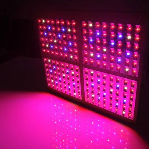 Lampade A Led Per Coltivazione Indoor.Lampade Led Coltivazione Indoor Mars Hydro 192 Led 5w Consumo 390w